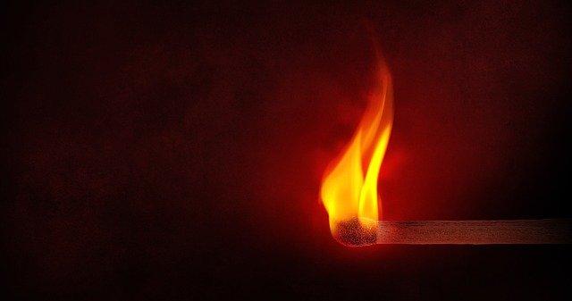 Le feu de ce monde comparé au feu de l'Enfer